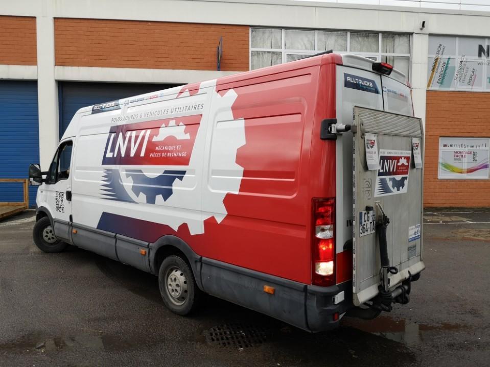 Camion d'atelier de LNVI